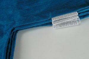 labels van de 7 manteltjes